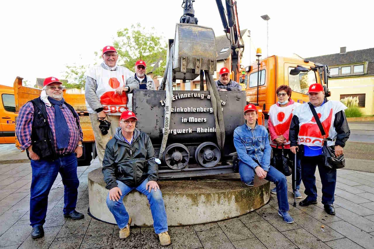 Bergbaulore am Repelener Markt wird saniert